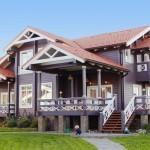 Школа дизайна: Как оформить деревянный загородный дом