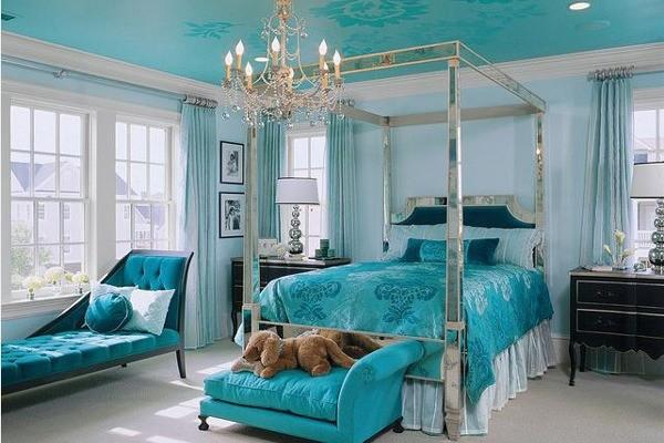 blue-bedroom-arty2