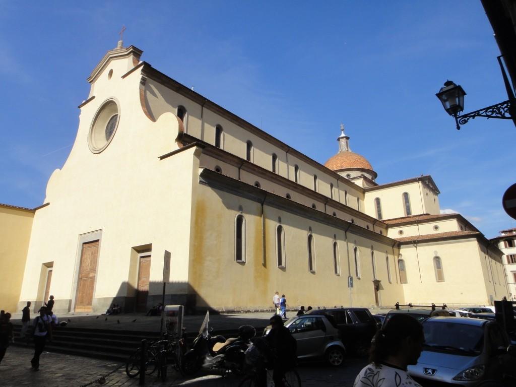 Базилика Санто-Спирито (итал. Basilica di Santa Maria del Santo Spirito) — католическая церковь во Флоренции (Италия). Архитектор Филиппо Брунеллески.