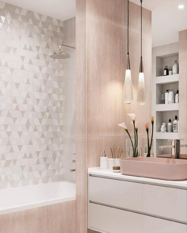 Мягкий контраст мебельных фасадов подчёркивает гармонию.